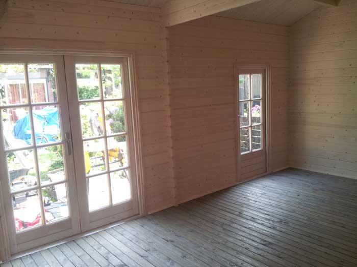 bouw-tuinhuis-openslaande-deuren